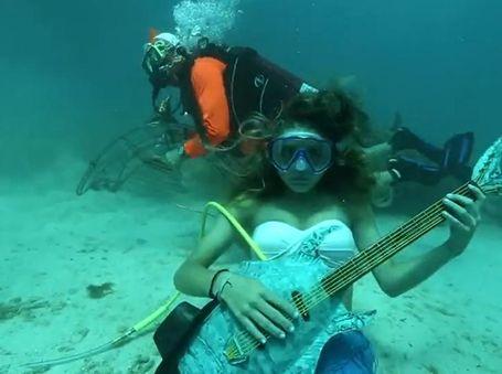 Luar Biasa Unik! Festival Musik Bawah Laut di AS