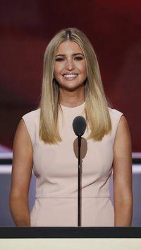 Ivanka Trump Hentikan Penjualan Perhiasan Mewah