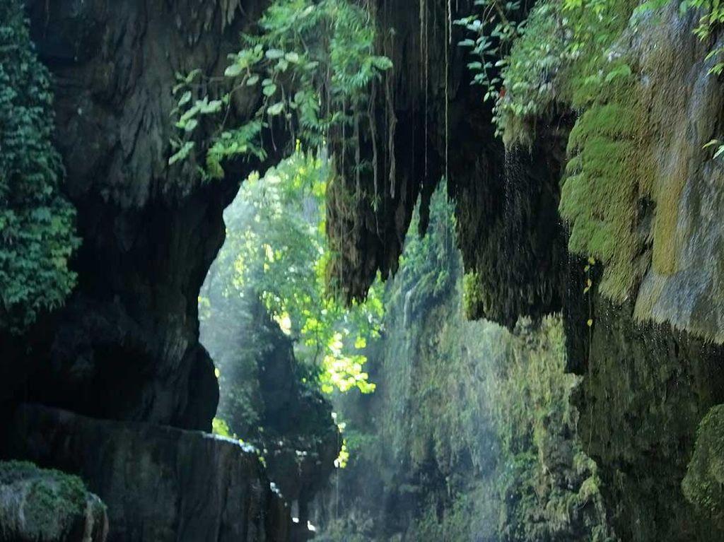 Potret Indahnya Green Canyon di Pangandaran