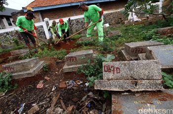 Petugas Dinas Pemakaman Temukan Makam Fiktif