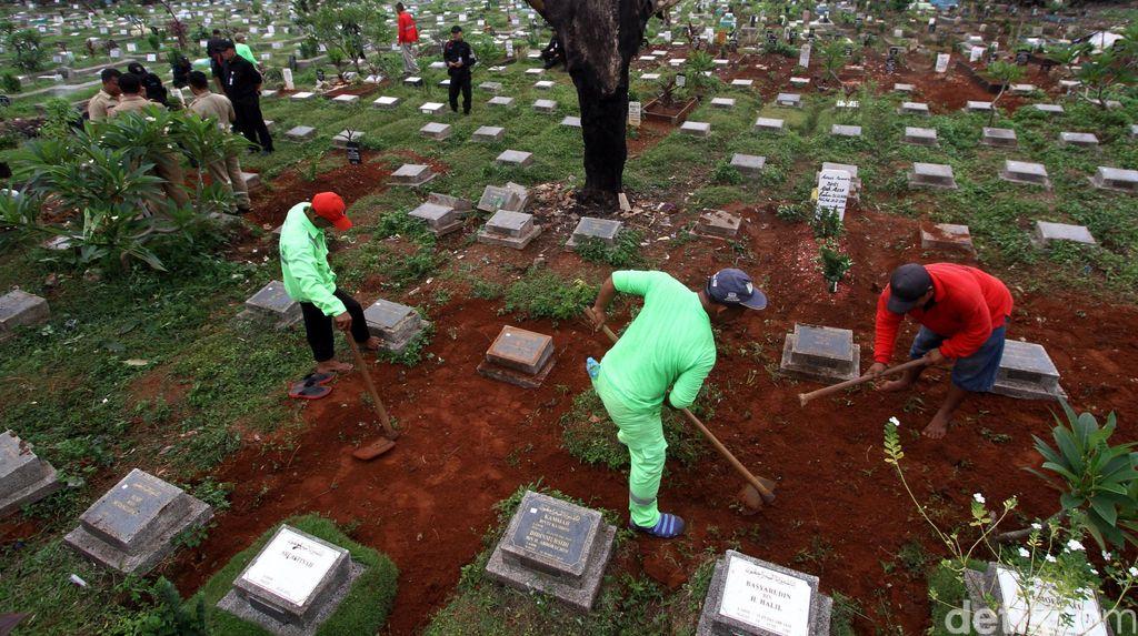 Ini Cara Membedakan Makam Asli dan Fiktif