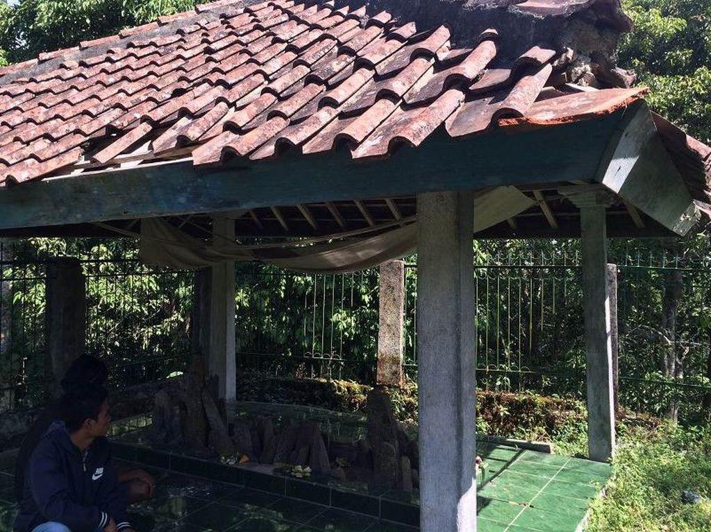 Harmonisnya Muslim & Hindu di Lombok Berbagi Tempat Ziarah