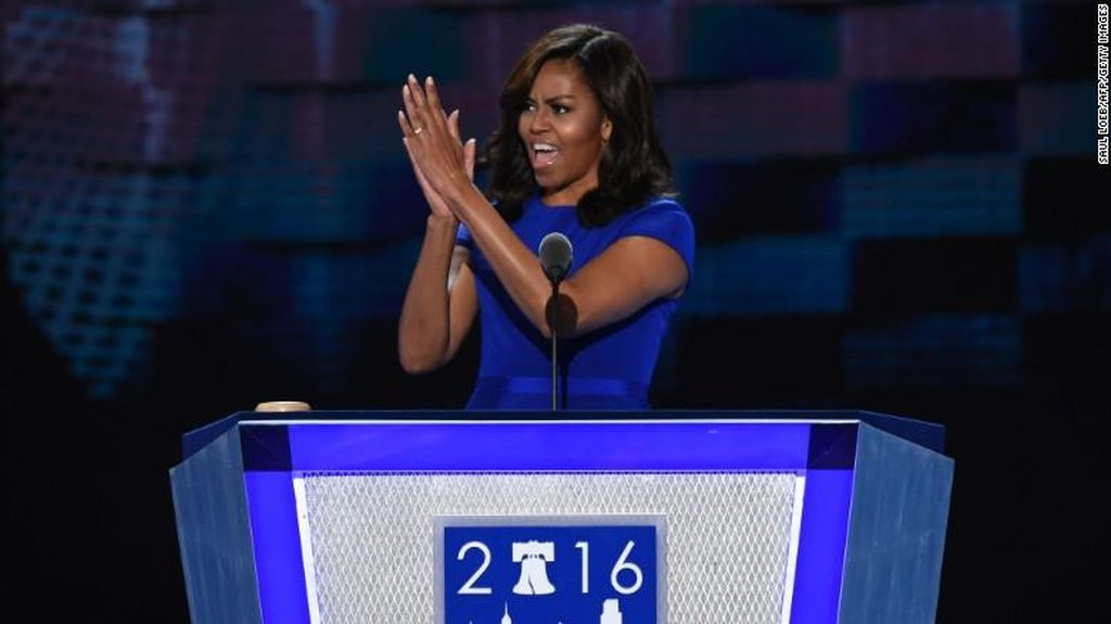 Istri Obama Pidato di Konvensi Demokrat, Hadirin Teriak 'We Love You, Michelle'