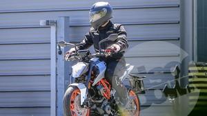KTM 125 Duke Tertangkap Kamera Diuji Jalan