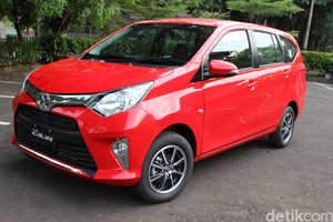 Mengendarai Toyota Calya