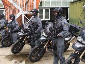Pasukan Antiteror London Gunakan Motor BMW F800GS