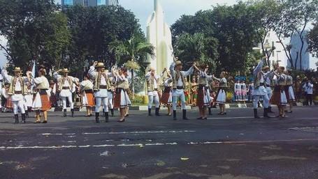 Parade Budaya Meriahkan Cross Culture Festival 2016 Di Surabaya