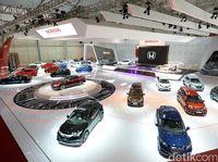 Honda Percantik 4 Mobil