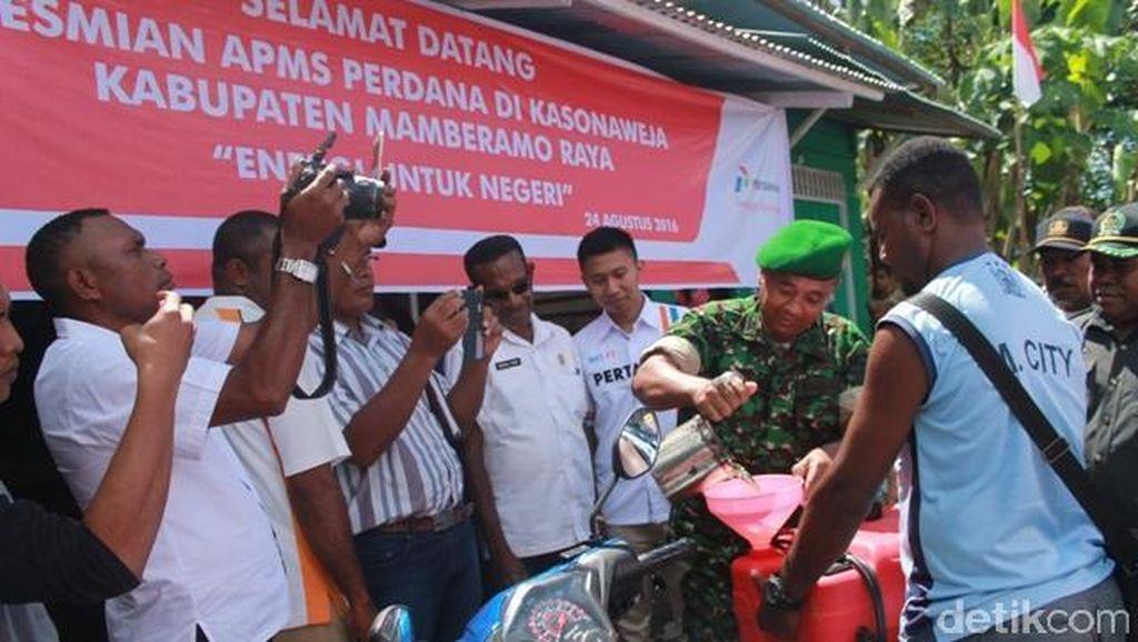 71 Tahun Merdeka, Warga Pedalaman Papua Baru Nikmati Premium Rp 6.500/Liter