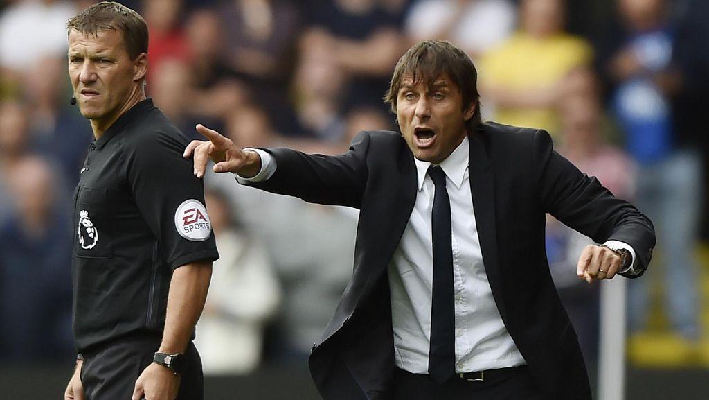 Conte Tak Senang Chelsea Kebobolan Dua Gol dari Dua Bola Mati