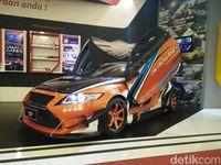 Honda CR-Z untuk Balap di Jalanan