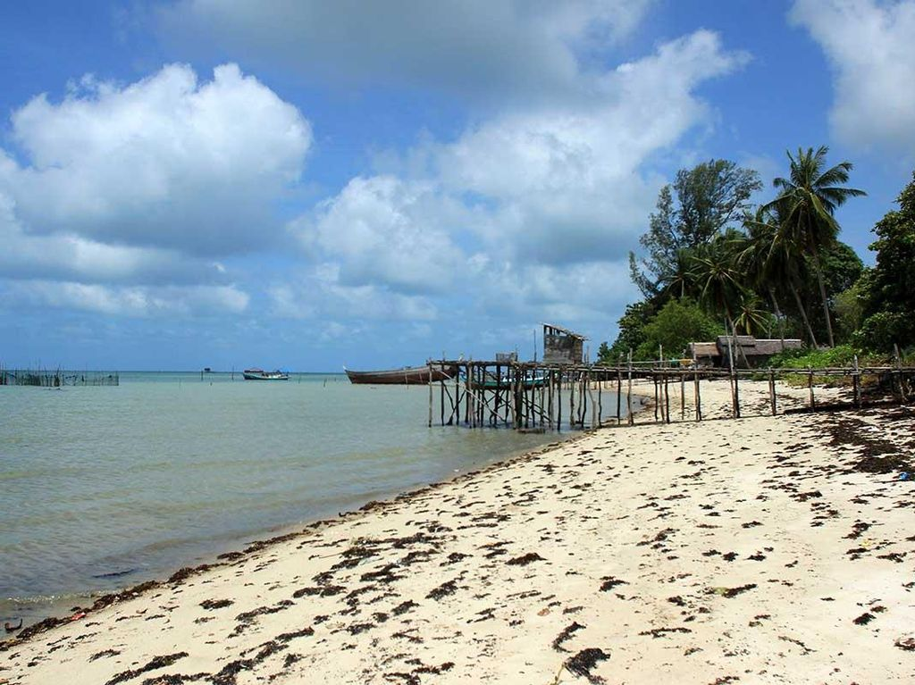 Terpesona Cantiknya Kepulauan Karimata di Kalbar