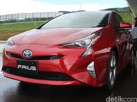 Melongok Pabrik Prius di Jepang