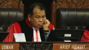Status Novanto Pasca Putusan MK, Ketua MK: Baca Putusan Secara Lengkap