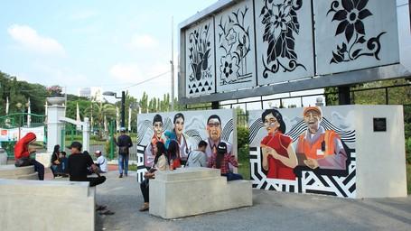 Menikmati Taman Khusus Pengunjuk Rasa, Cuma Di Jakarta
