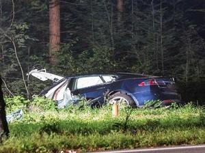 Mobil Listrik Tesla Model S Kembali Memakan Korban
