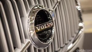 Volvo Akan Wujudkan Teknologi Komunikasi Mobil ke Mobil