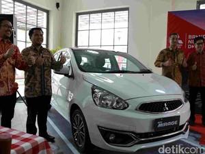 Mitsubishi New Mirage Mengaspal di Makassar