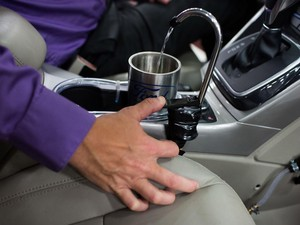 Ford Bikin Keran Air Minum yang Disaring dari Air AC