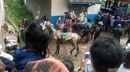Atraksi Kuda Renggong: Warisan Budaya Yang Mulai Ditinggalkan
