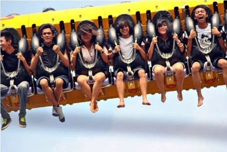 Tidak Kalah Dengan Luar Negeri, Ini 4 Wahana Adrenalin Seru Di Indonesia