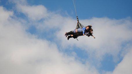 Naik Wahana Skycoaster Tertinggi di AS, Serasa Jadi Superman