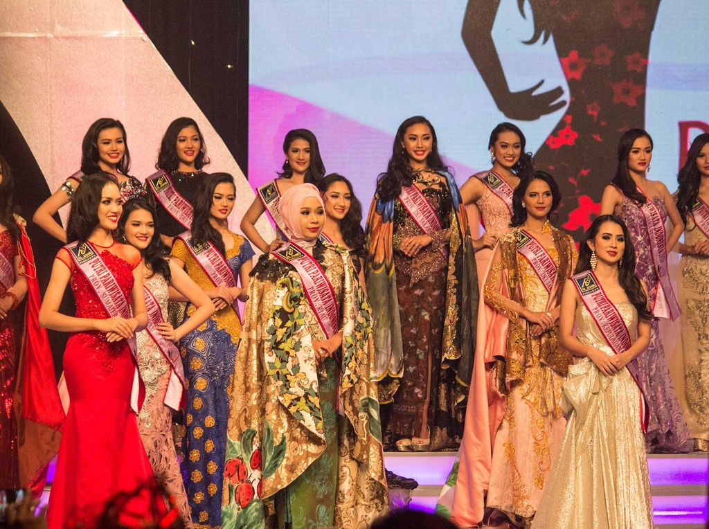 Potret Cantik Para Kontestan Putri Pariwisata Indonesia 2016