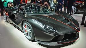 Ferrari LaFerrari Atap Terbuka Disapa Aperta