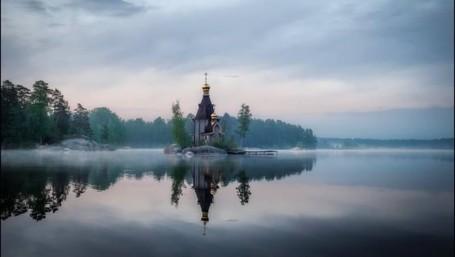 Gereja Di Atas Air, Seperti Di Negeri Dongeng