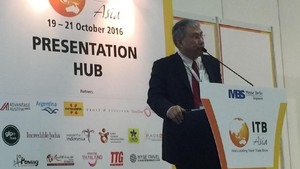 Ketua Pokja Percepatan Bali Baru Tampil di Singapura