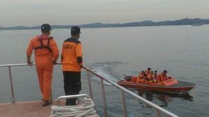 Update TKI Korban Kapal Tenggelam: 40 Selamat, 54 Meninggal dan 7 Masih Dicari