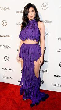 Kylie Jenner Kirimkan Kosmetik Kosong, Konsumen Marah Besar
