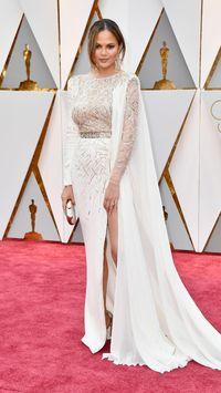 Tertidur di Acara Oscar, Chrissy Teigen Justru Dapat Komentar Positif