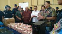 Megapungli di Pelabuhan Samarinda, Ketua Komura Anggota DPRD
