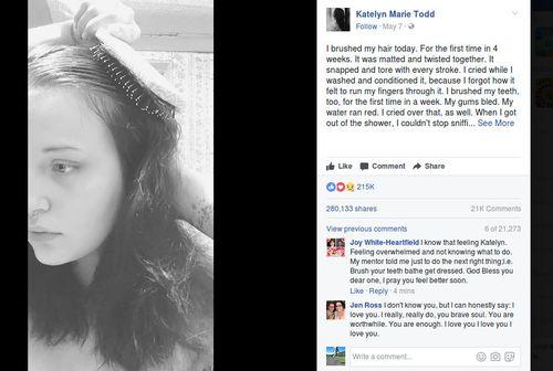 Viral Gadis Depresi Menyisir Rambut