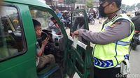 Jadi Sopir Angkot, Anak 15 Tahun Terjaring Operasi Polsek Dayeuhkolot