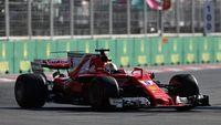 Permalink to Vettel Sebut Hamilton Harusnya Dapat Penalti Juga