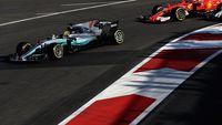 Permalink to Hamilton Sebut 'Aksi Seruduk' Vettel Memalukan