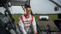 Permalink to Nissan GT-R Bisa Ngebut 315 Km/Jam Dikendalikan Lewat Stick Games