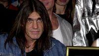 Malcolm Young 'AC/DC' Meninggal di Usia 64 Tahun