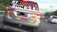 Permalink to Toyota Sudah Temui Pemilik Fortuner yang Ada Stiker Protesnya