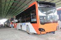 Permalink to Kenapa Tidak Semua Bus TransJakarta Pakai Bahan Aluminium?