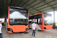Permalink to Bus TransJakarta dari Bahan Aluminium Lebih Mahal Rp 30 Juta