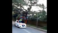 'Drama' Oknum TNI dan Polantas Gowa di Atap Mobil