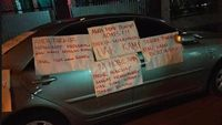 Permalink to Parkir Sembarangan, Mobil Jadi Sasaran Kekesalan Warga