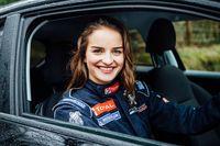 Permalink to Masih Muda, Cantik, Juara Reli FIA Lagi, Bikin Klepek-klepek