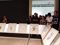 Pameran Seni '57 x 76' Ajak Pengunjung 'Adu Muka' Bukan Adu 'Punggung'