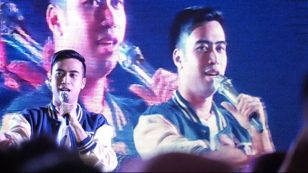 Vidi Aldiano sering diberi wejangan oleh Titiek Puspa.