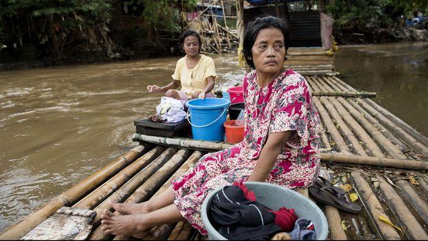 Ibu Ani di Antara Kemiskinan dan PKH ala Jokowi (EMBARGO)