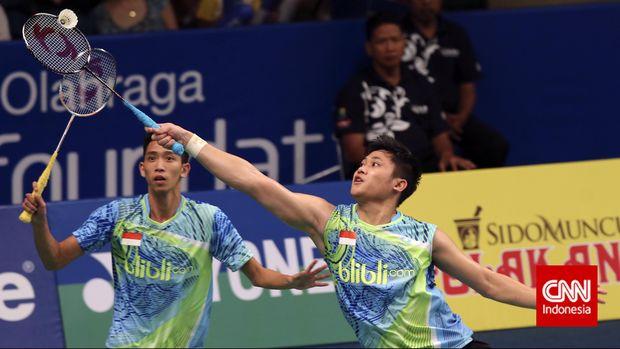 Wahyu Nayaka/Ade Yusuf mengalahkan unggulan pertama di semifinal Thailand Masters 2018.
